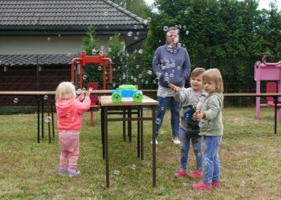 II rodzinny festyn Brzeziny 2018-zabawy i pokazy (1)