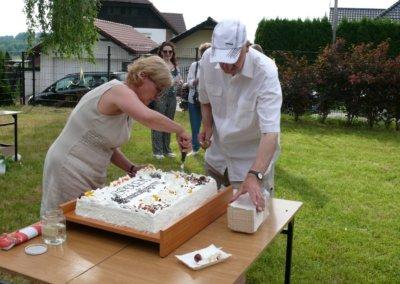 III festyn rodzinny Brzeziny2019-tort od Spolem (3)