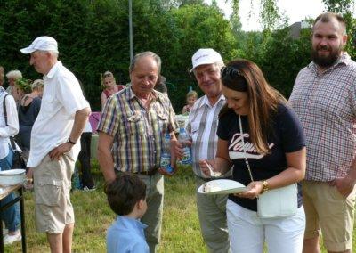 III festyn rodzinny Brzeziny2019-tort od Spolem (5)